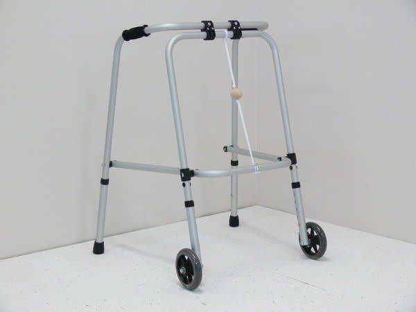 Folding Pyramid Walking Frame with Front Wheel